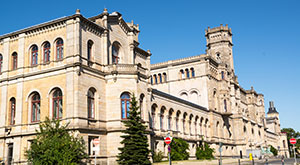 Research Institutes in Germany - An image showing the exterior of the University of Hannover, German