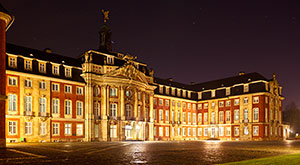 Image of Muenster University at night